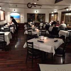 Bluewater bar grill 41 photos 53 reviews seafood 32 barton ave barrington ri - Blue water bar and grill ...