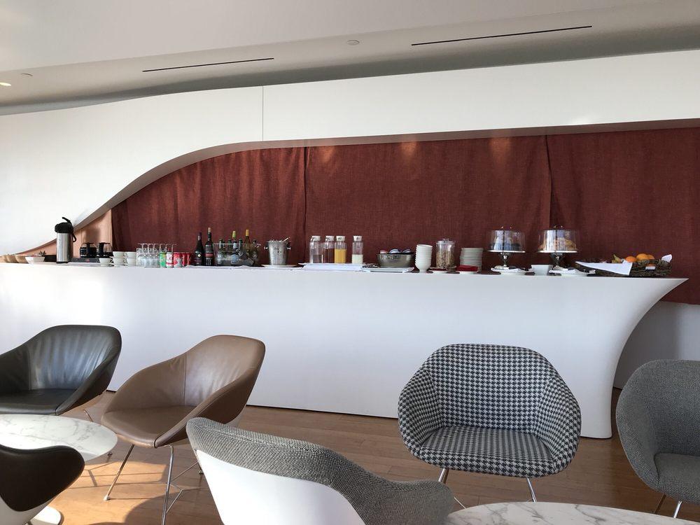 Virgin Atlantic Clubhouse - 100-114 World Way, Westchester
