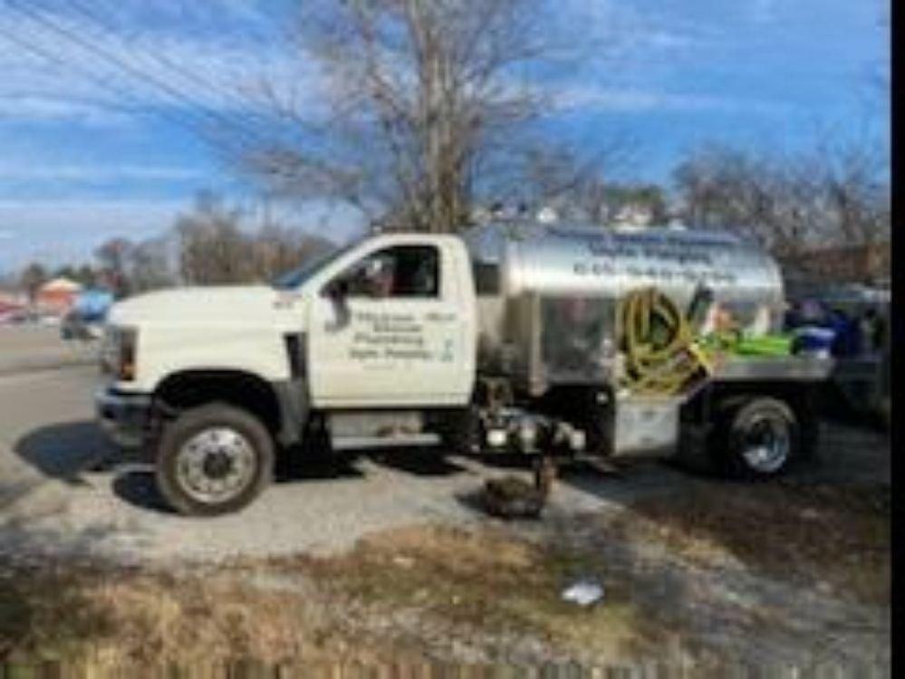 Michael Shaver Restoration: 3501 Hwy 31 E, Bethpage, TN