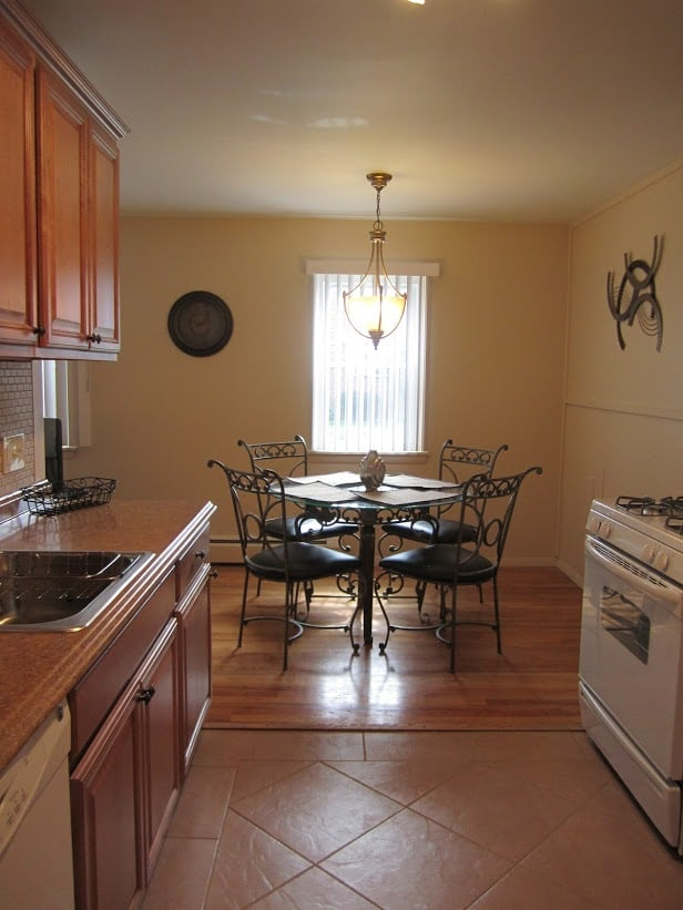 Corporate Housing of Western Massachusetts: 785 Williams St, Longmeadow, MA