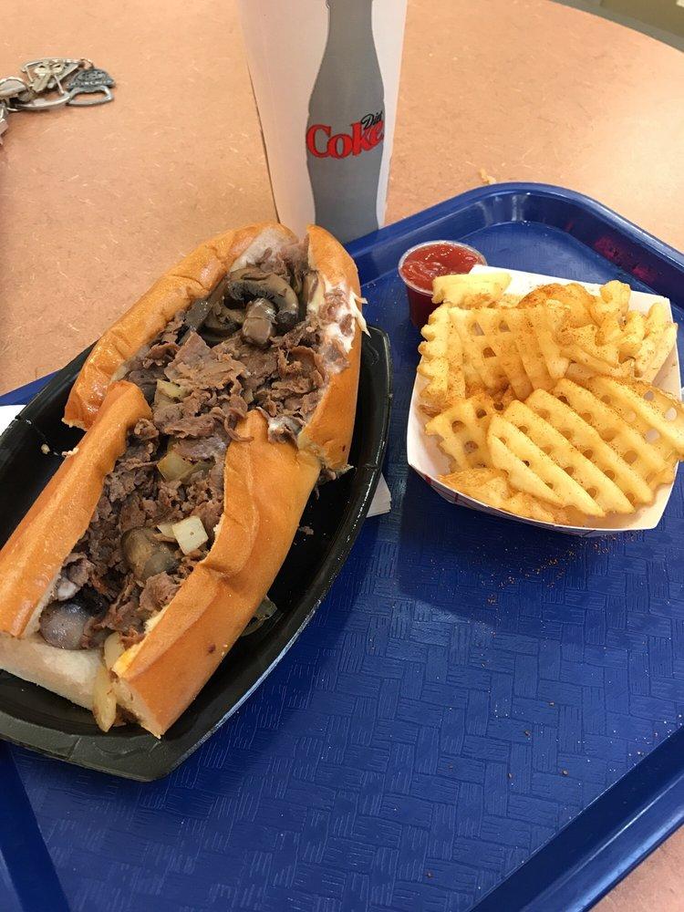 Penn Steak & Fries: Coventry Mall, Pottstown, PA