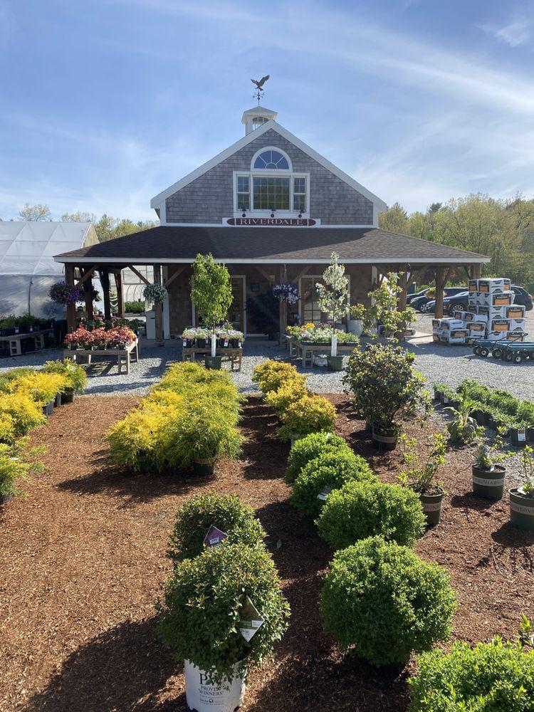 Riverdale Farm & Garden: 601 Main St, Groton, MA