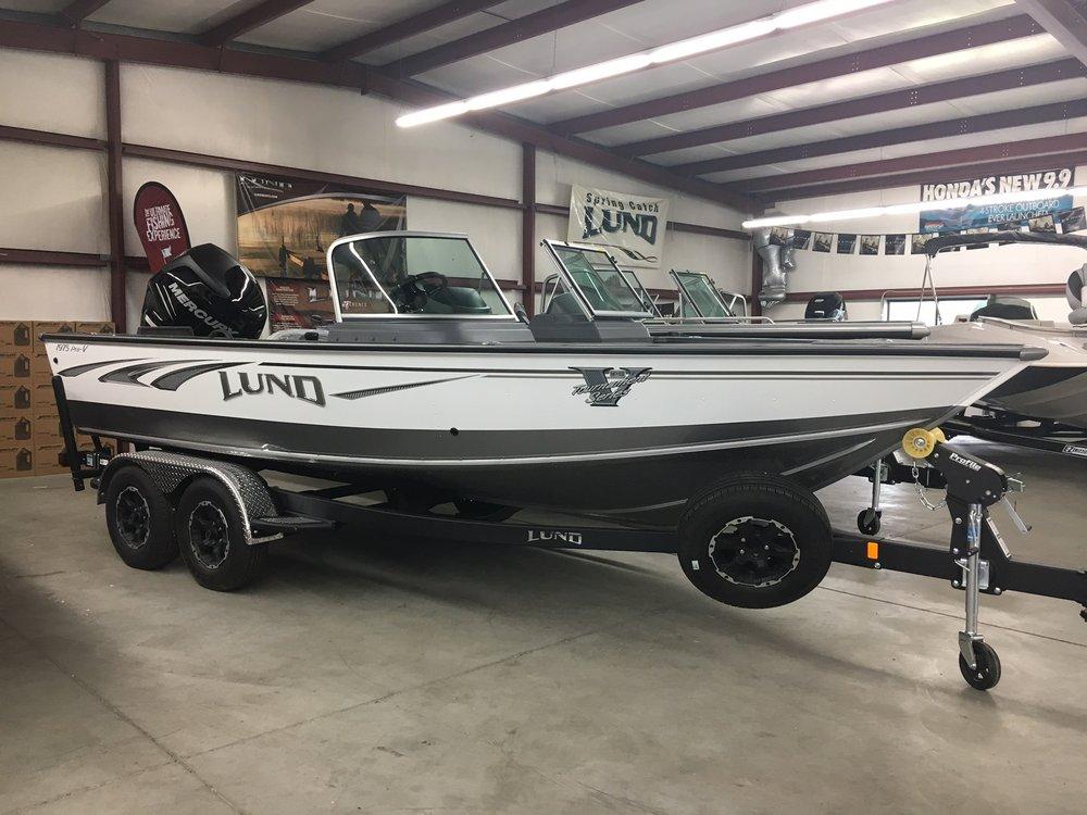 Waconda Boats & Motors: 24 Circle Dr, Republican City, NE