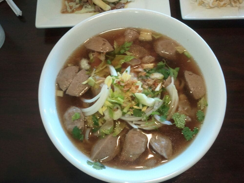 foto de Beef meatball tendon Pho Yelp