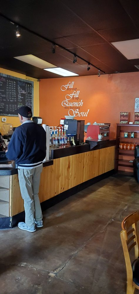 The Corner Cup: 100 E Main St, John Day, OR