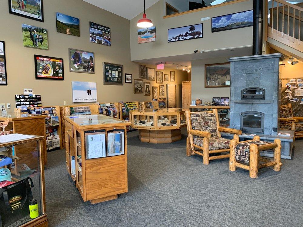 Gardiner Chamber of Commerce: 222 Park, Gardiner, MT