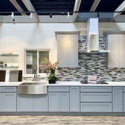 Easy Kitchen Cabinetry 20 Photos Kitchen Bath 2290 Tripaldi