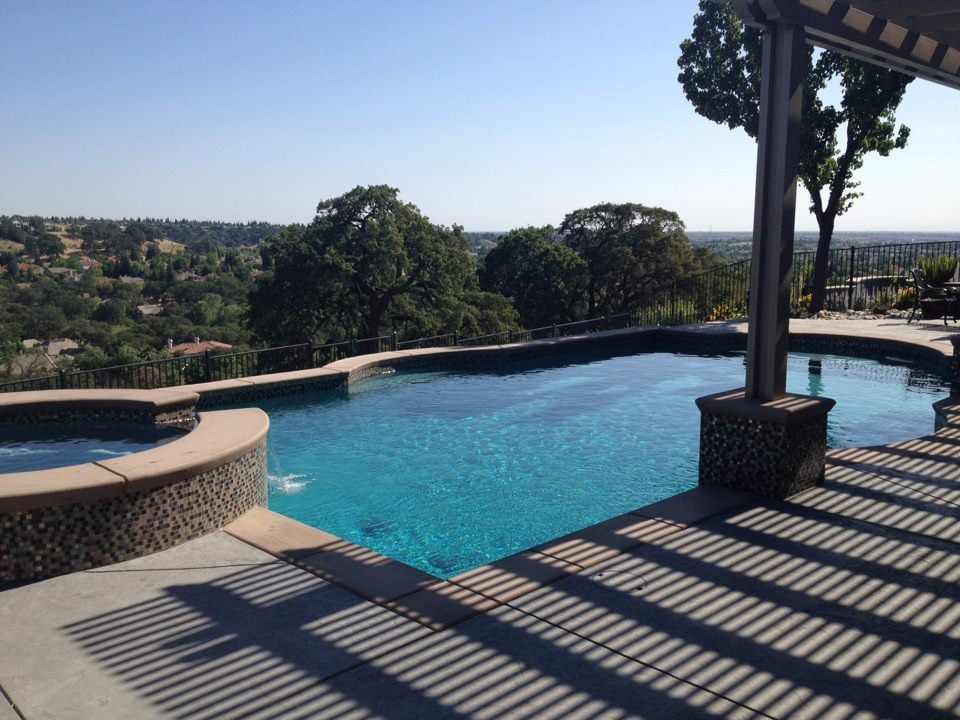 Paradise pool services services repairs pools in fair for Pool design roseville ca