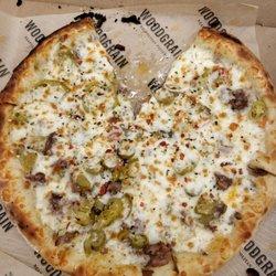 2 Woodgrain Neapolitan Pizza