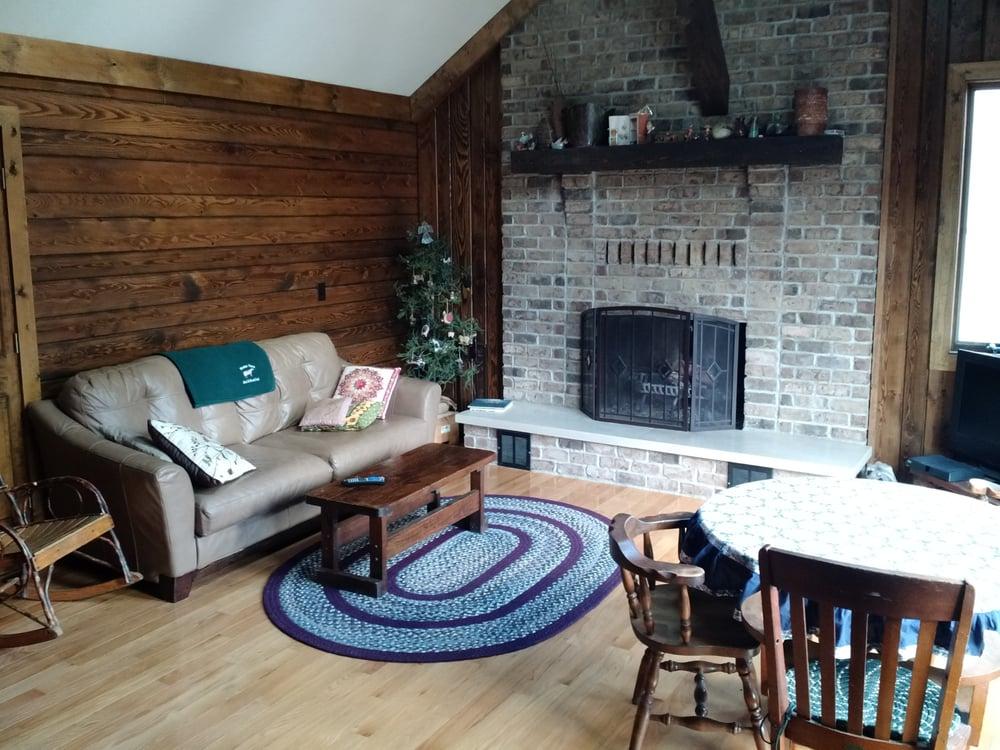 Wester Farm Bed & Breakfast: 165 Haun Rd, Jamestown, PA