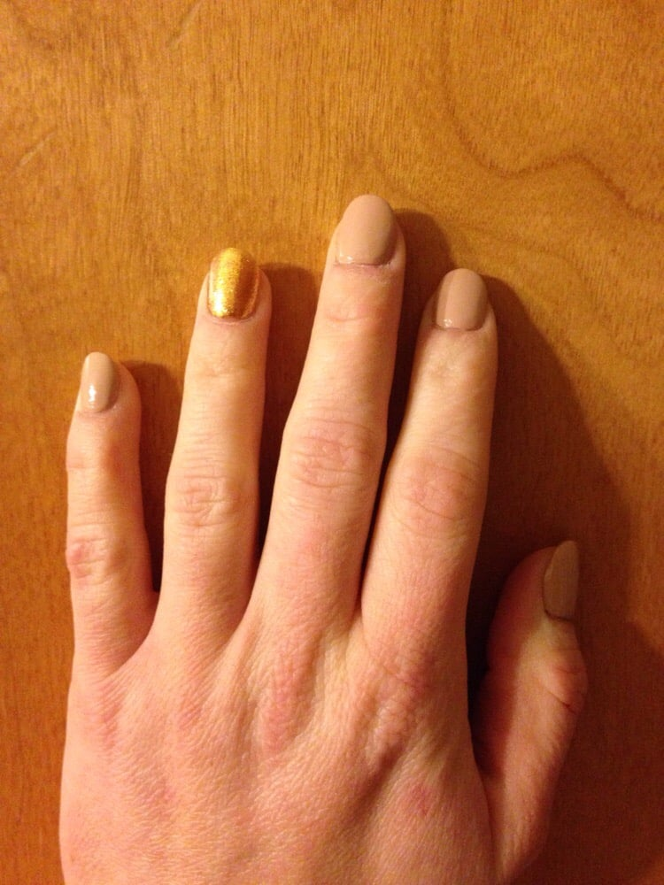 Round Acrylic Nails With Beige And Gold Accent Nail Yelp