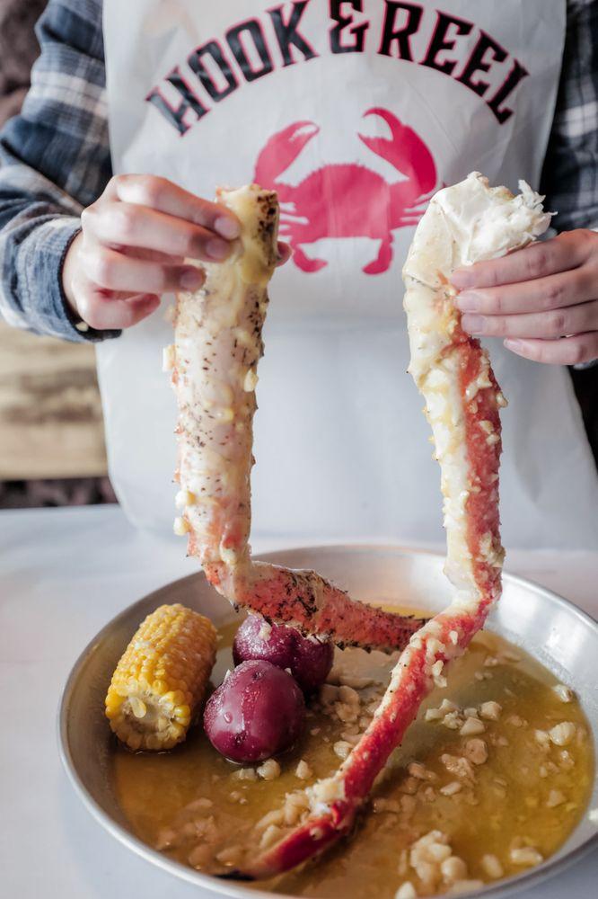 Hook & Reel Cajun Seafood & Bar: 9280 Sheridan Blvd, Westminster, CO