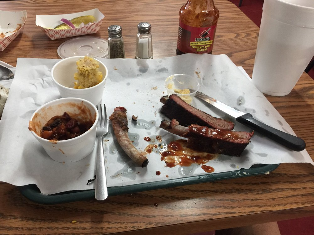 Sizzlin' Bones Bbq Commissary: 700 N Lee St, Fort Gibson, OK