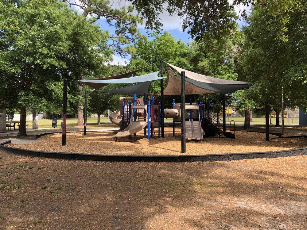 Phelps Park: 1200 N Phelps Ave, Winter Park, FL