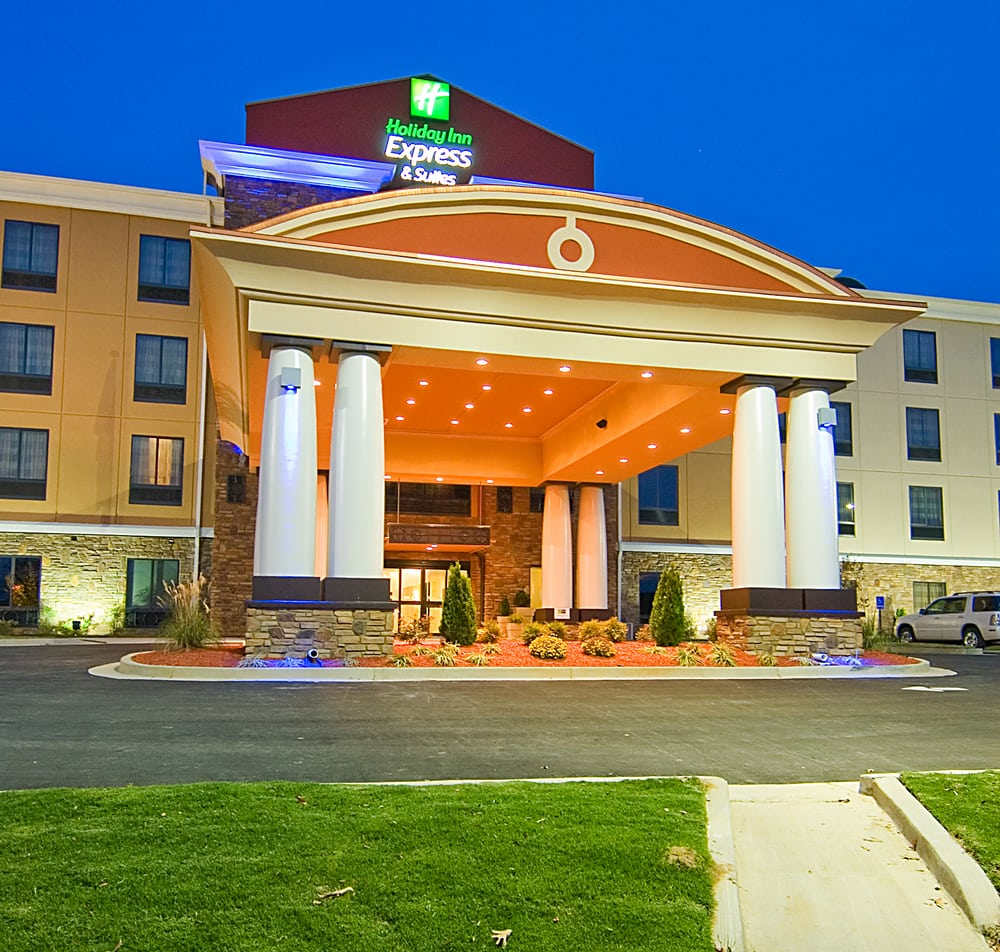 Holiday Inn Express & Suites Fulton: 1505 S Adams St, Fulton, MS