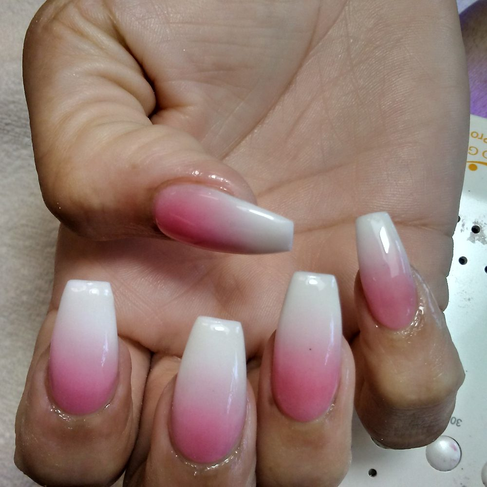 Luv my nails! #Ombre #awesomejob - Yelp