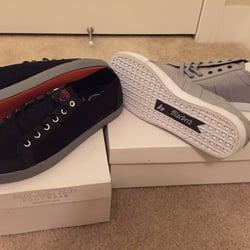 Macbeth - CLOSED - Shoe Stores - 1053 S Coast Hwy 101 5748d467f0