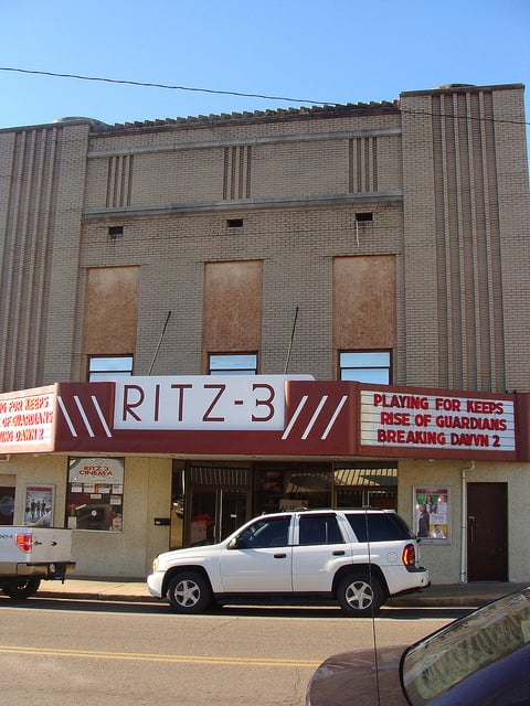 Ritz 3: 1109 S Main St, Milan, TN