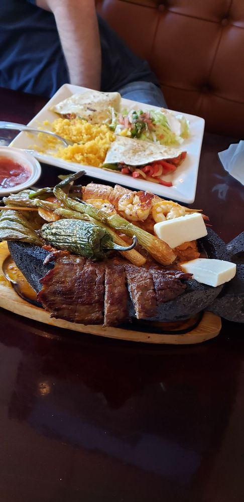 El Charro Mexican Grill: 700 Douthit Ferry Rd, Cartersville, GA