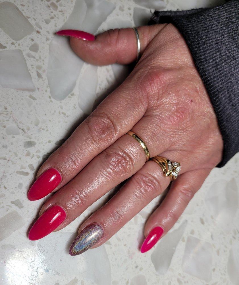Vicky's Nails & Spa: 3920 W River Dr NE, Comstock Park, MI