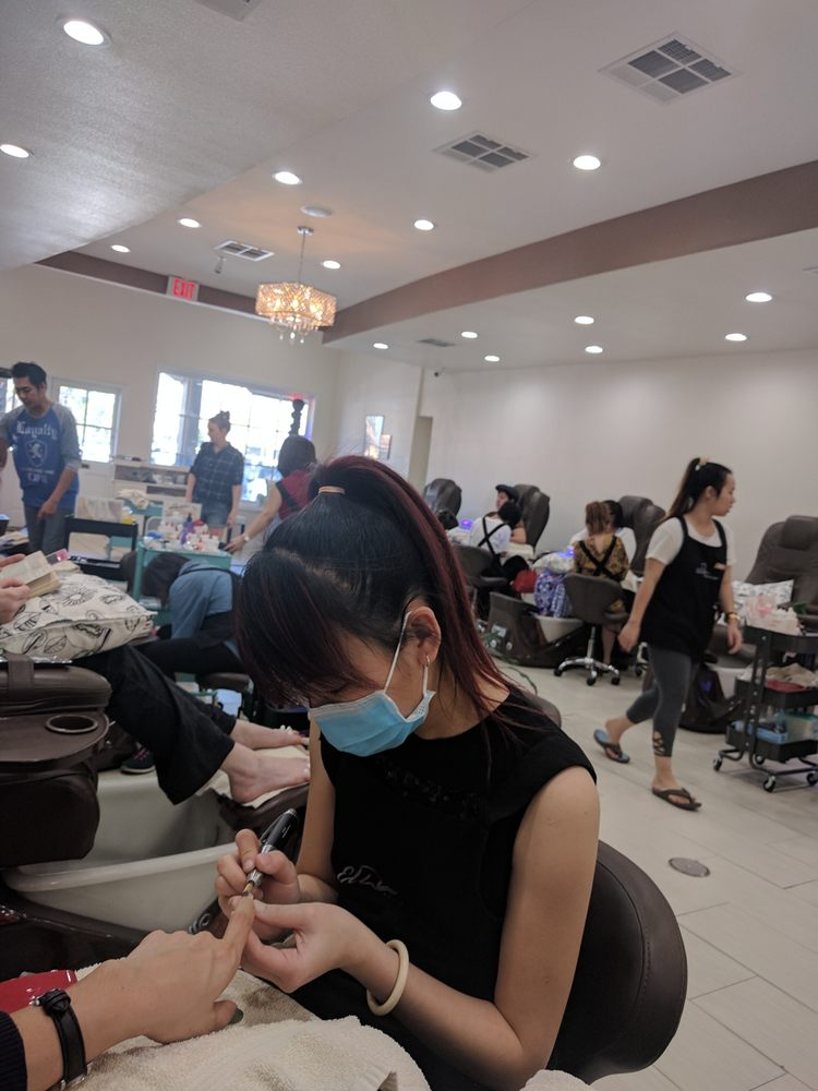 Elite Nails And Spa Placentia