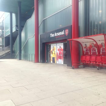 8060c477435 Arsenal Store - Sporting Goods - 6-9 Station Place, Finsbury Park ...