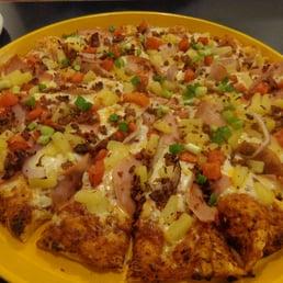 Perfect Photo Of Round Table Pizza   San Lorenzo, CA, United States. Maui Zaui