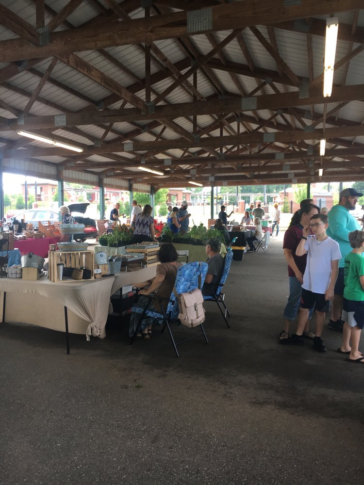 Forest City Farmers Market: 172 Depot St, Forest City, NC