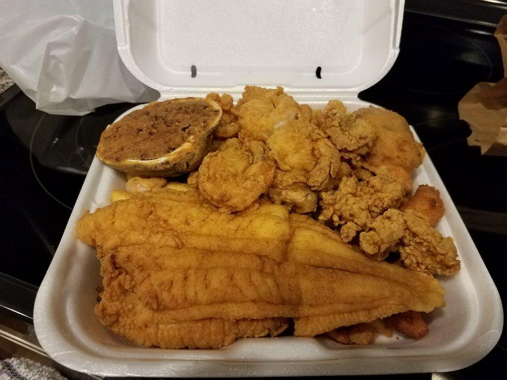 Harbor Inn Seafood Restaurant
