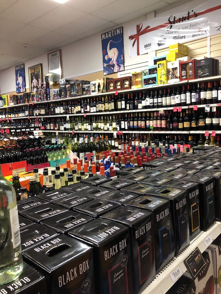 Stants Liquors: 790 Grand Blvd, Deer Park, NY