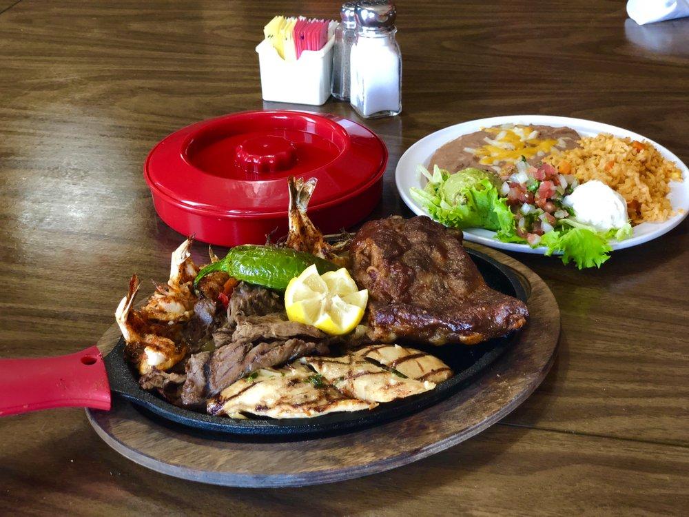 El Tequilas Mexican Restaurant