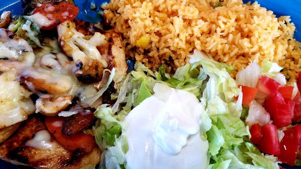El Charro Mexican Grill: 924 E Central Ave, La Follette, TN