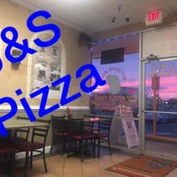 J S Pizza
