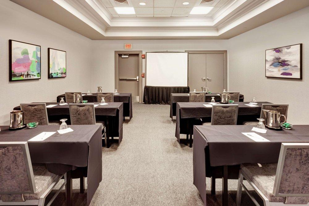 Hilton Garden Inn Chicago North Shore/Evanston - Evanston