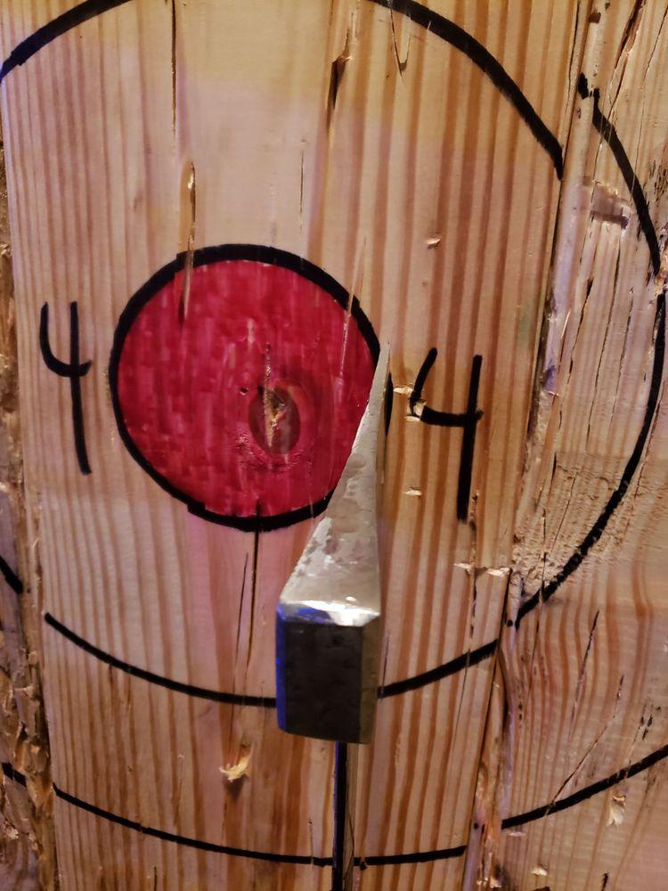 Lucky Axe Throwing Atlanta: 306 Auburn Ave, Atlanta, GA
