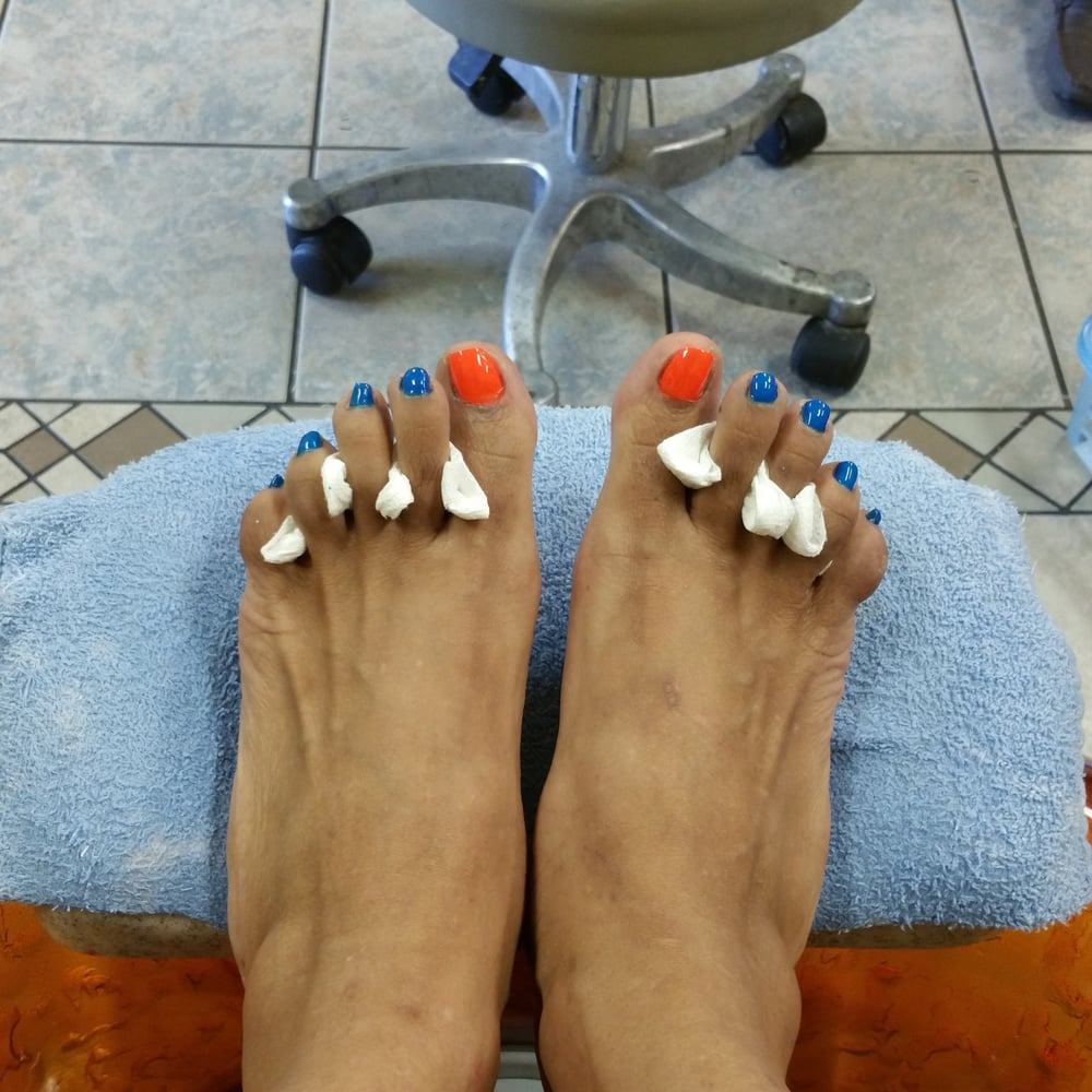 Vyvy Nails: 521 Bypass 72 NW, Greenwood, SC