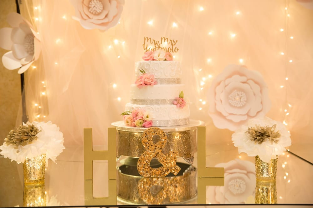 Simple but beautiful floral cake decor by Celina - Yelp