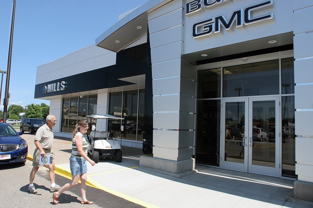 Mills GM Buick: 14138 Dellwood Rd, Baxter, MN