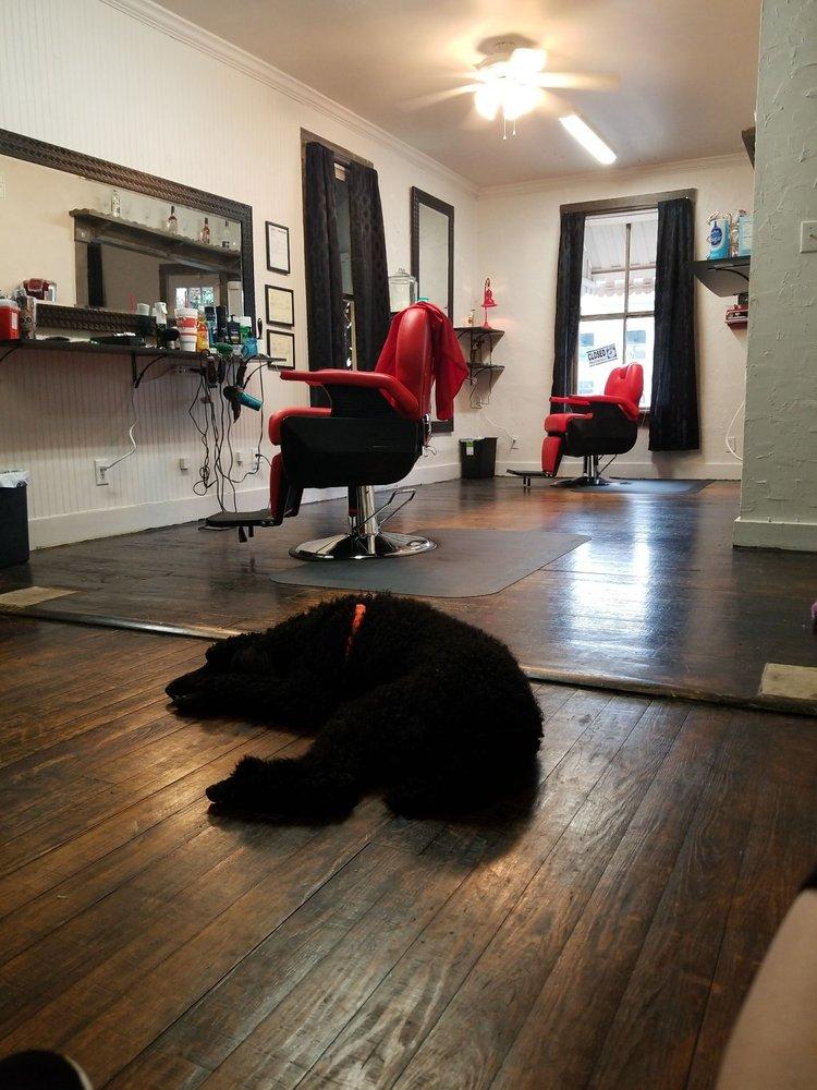 Rat Pack Barbershop: 113 W Orange Ave, Foley, AL