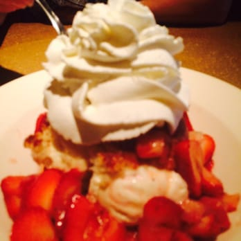 At The Cheesecake Factory in Boca Raton, you have to know that it's all about cheesecake. In fact, it offers no fewer than 37 delectable varieties. However, if you're the kind of person who always listened to your mom and believes that you shouldn't have dessert until you've eaten a