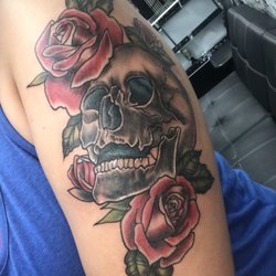 Inked In Tattoos And Piercing Piercing 17 S 5th St Reading Pa