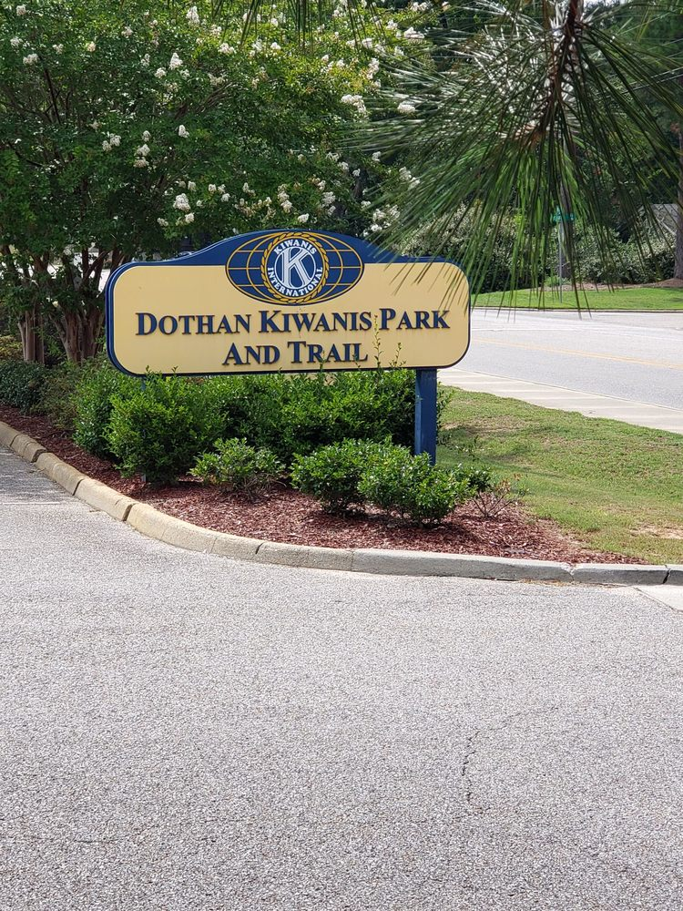 Kiwanis Park: 900 Deerpath Rd, Dothan, AL