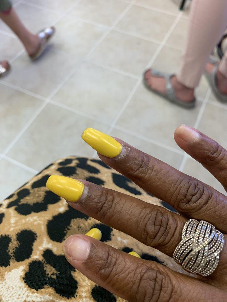 Mimosa Nail: 655 Gallivan Blvd, Dorchester Center, MA