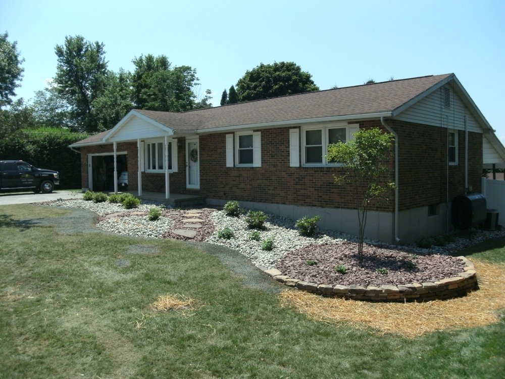 Smiley's Lawn Care & Landscaping: 692 Blue Mountain Dr Pennsylvania, Cherryville, PA