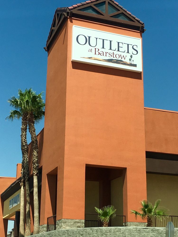outlets at barstow 24 fotos y 12 rese as tiendas outlet 2796 tanger way barstow ca. Black Bedroom Furniture Sets. Home Design Ideas