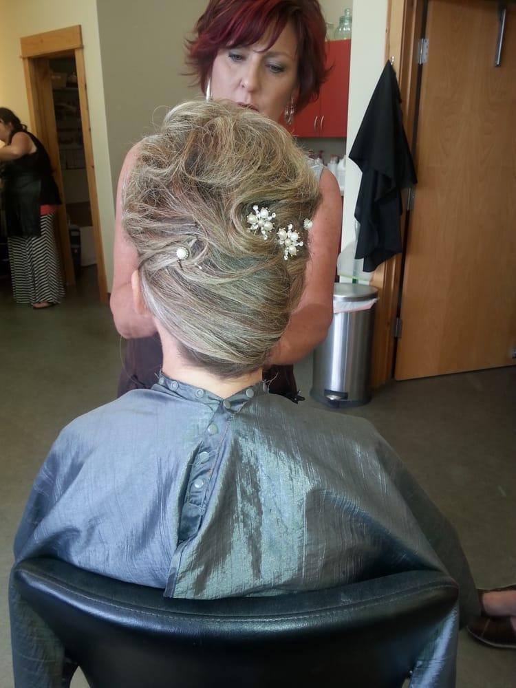 Antoinettes Hair And Makeup Studio Makeup Artists 1127 Harmon
