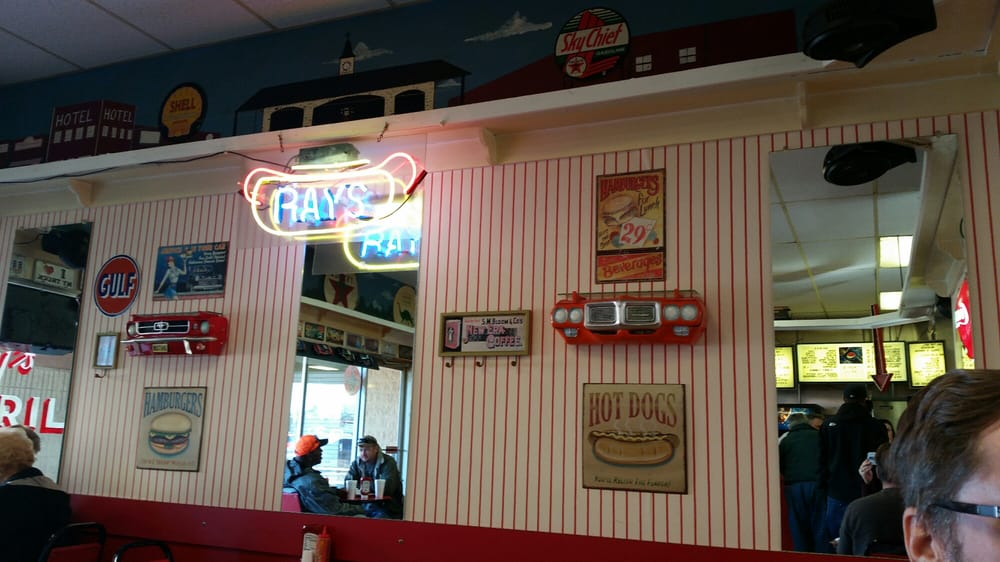 Ray's Grill: 64 White Crossing Plz, Whiteville, NC