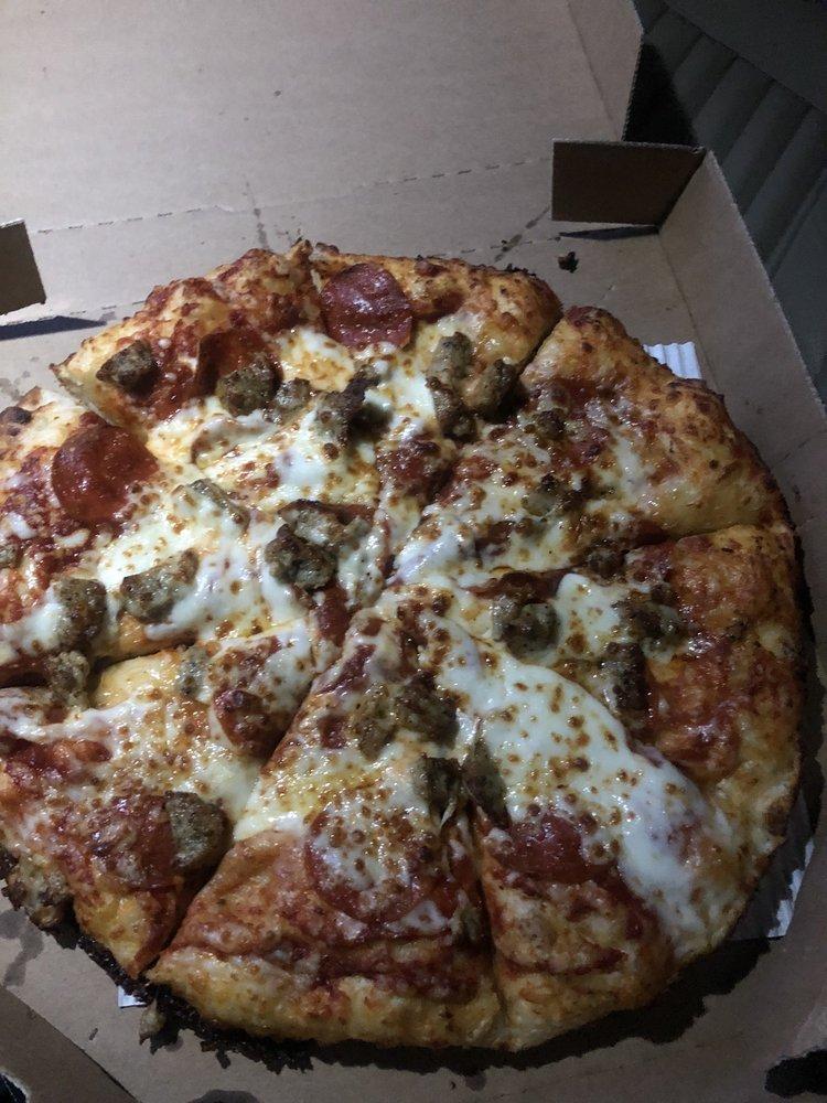 Domino's Pizza: 453 N Broadway, Portland, TN