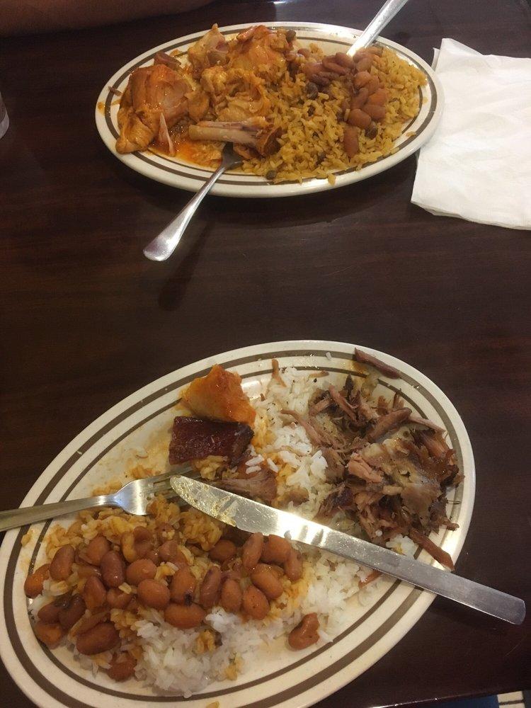 Mi Quisqueya Restaurant: 365 Broadway, Bayonne, NJ