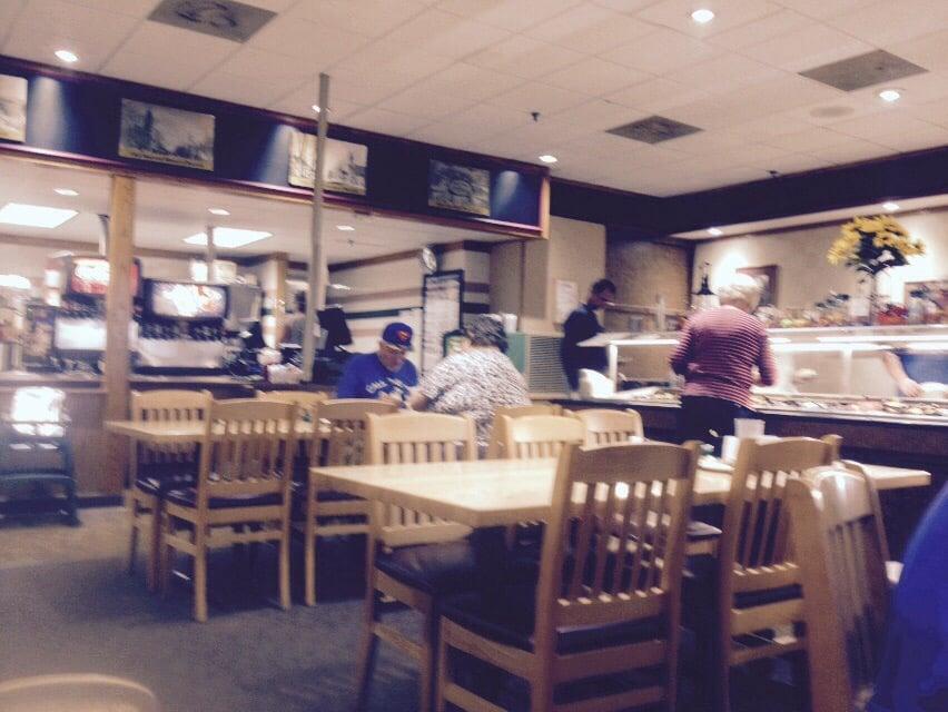 Iron Horse Cafe: 101 S Merchant St, Effingham, IL